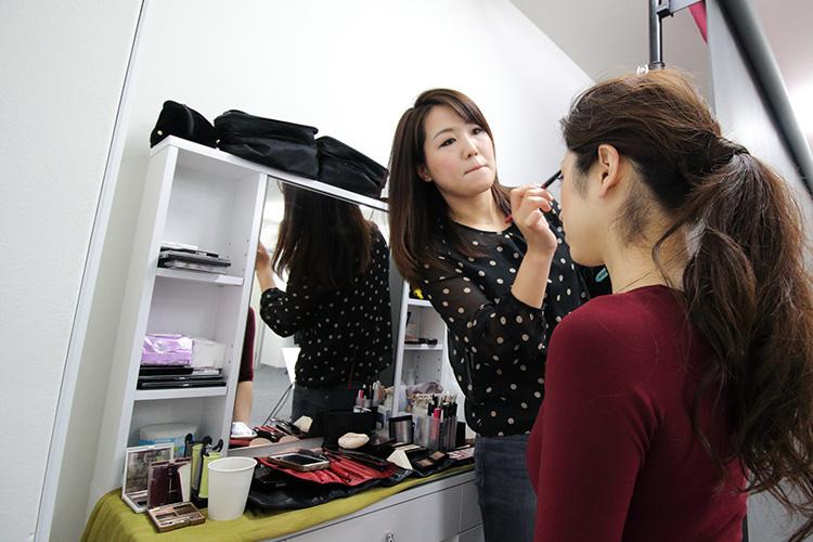 女性経営者専門プロフィール写真撮影「Biz Photo Pro」メイク