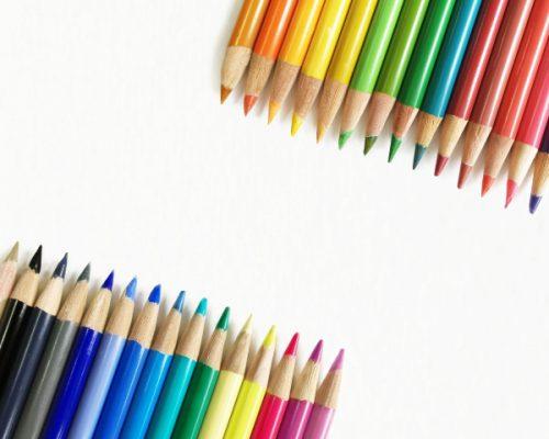 似合う色を見つけるメイクレッスン